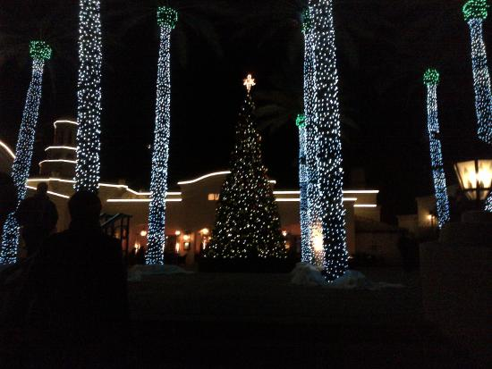 Christmas At The Princess.Christmas At The Princess Courtyard Picture Of Fairmont