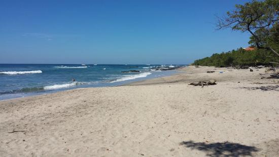 Hotel Playa Negra: Playa Negra, canto direito