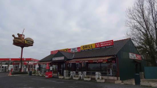 Tanis, France: L' Express
