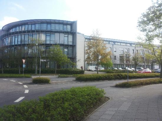 NH Munchen Unterhaching: Esterno