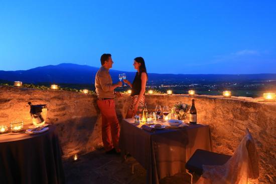 Hotel Crillon le Brave : Terrasse avec vue Ventoux