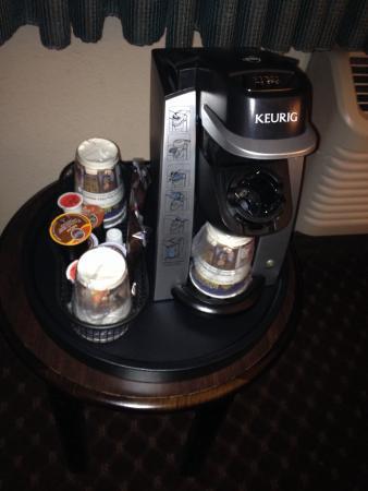 BEST WESTERN PLUS Seville Plaza Hotel : Spiffy coffee maker