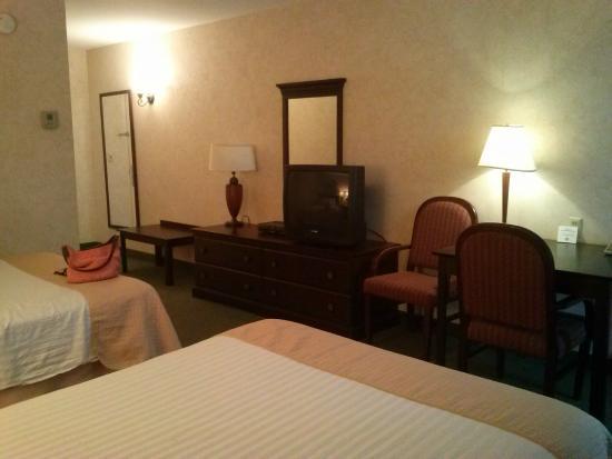 Rockaway Hotel : room