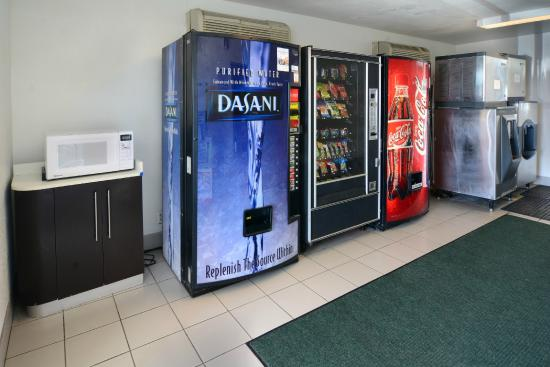 Motel 6 Galveston: Vending