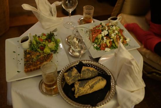 Riad Noir d'Ivoire: Panther suite -- Room service