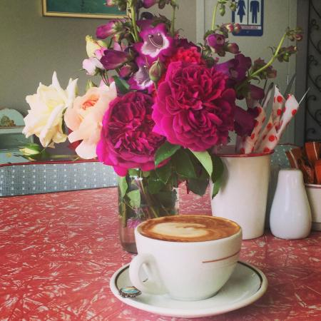MiHi  Cafe: Mihi Cafe New Years Day 2015
