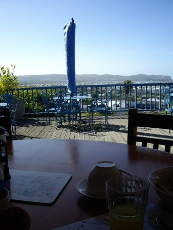 Guinea Fowl Lodge: View from breakfast