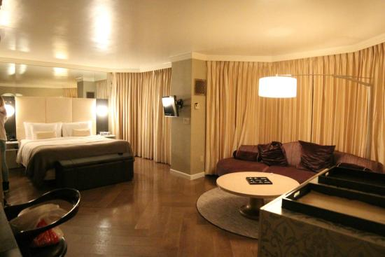 vista suite picture of the london nyc new york city. Black Bedroom Furniture Sets. Home Design Ideas