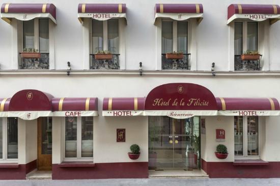 Hotel de la Felicite: Hotel front