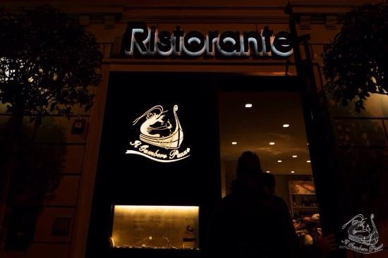 Lastra a Signa, Italien: Entrata del ristorante