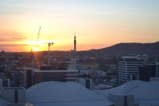 Wheel of Brisbane : El atardecer desde la cima