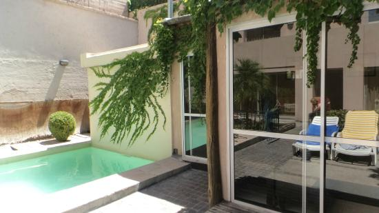 Park Vendimia Suites : Piscina y Quincho