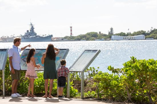 Honolulu, HI: Historic Pearl Harbor