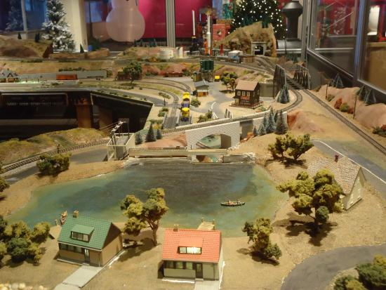McWane Science Center: Train display