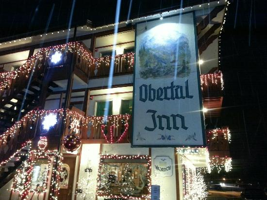 Obertal Inn: Front of hotel