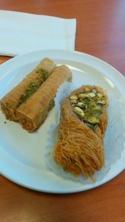 Zeitouni Mediterranean Grill: Delicious Baklava.