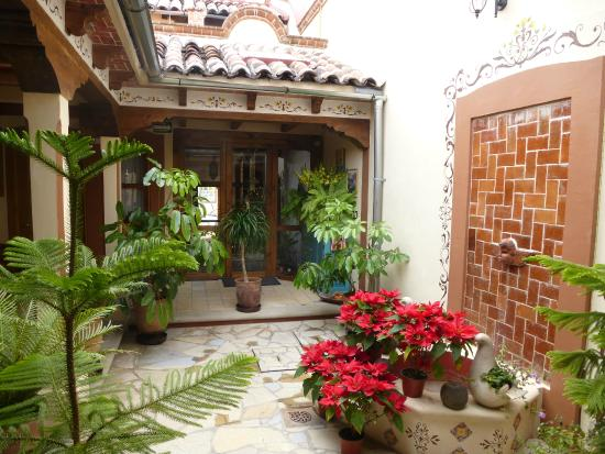 Hotel Posada El Zaguán: Courtyard
