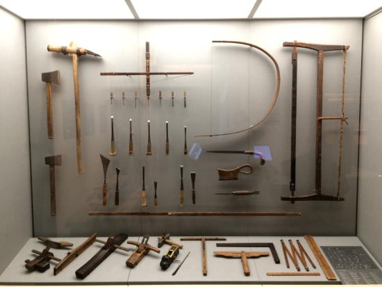 Takenaka Carpentry Tools Museum: Various tools