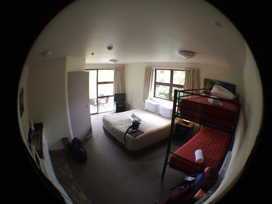 Shotover Lodge: My room