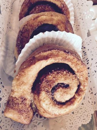 Cafe Cinema: Swedish cinnamon buns with great coffee-highly recommended