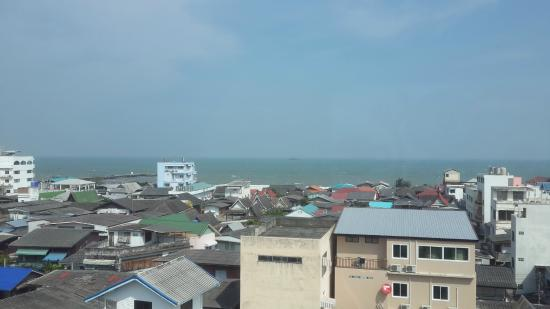 Hub Hua Hin 57 Hotel : view from our room