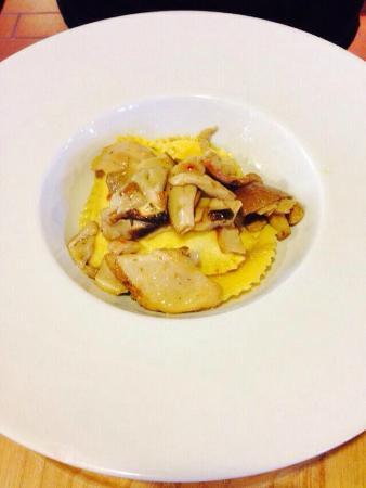 Hotel De La Tor : Ravioli di polenta con funghi porcini