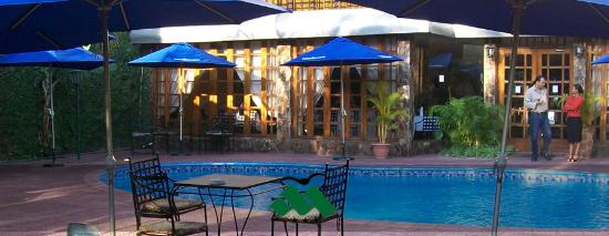 Hotel Mocambicano: Swimming Pool area