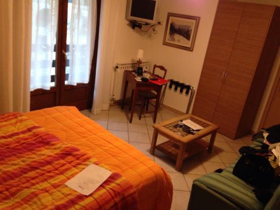 Hotel Bucaneve: Camera