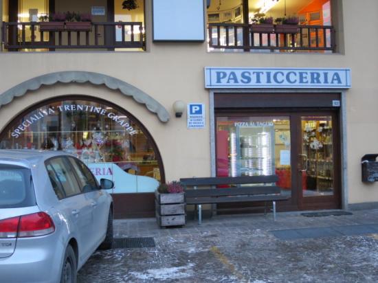 Pasticceria Gramola Oreste: 外観