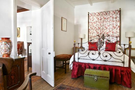 Lord Milner Hotel Olive Schreiner Cottages