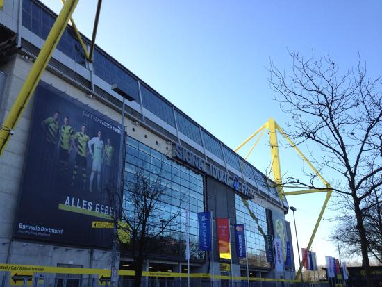 Hotels Near Dortmund Stadium