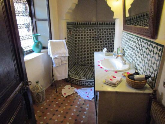 Riad Ilayka : bathroom1