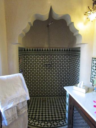 Riad Ilayka : bathroom2