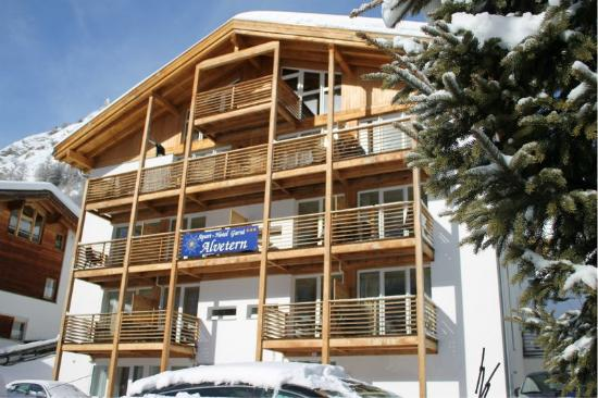 Apart-Hotel Garni Chasa Alvetern