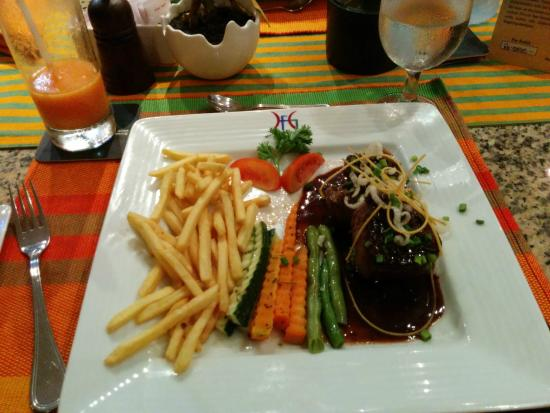 Hotel Flower Garden: Steak