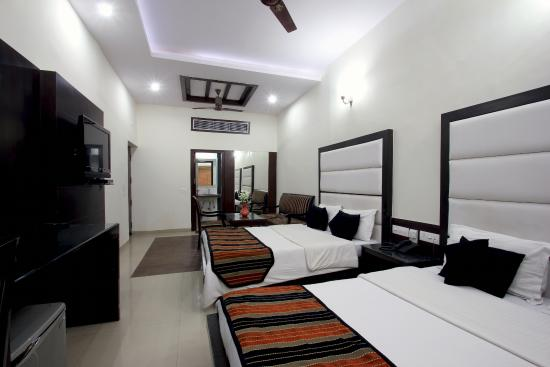 Photo of Hotel Mohan International New Delhi