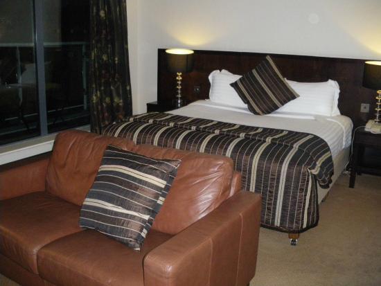 Carlton Hotel Dublin Airport: upper floor suite