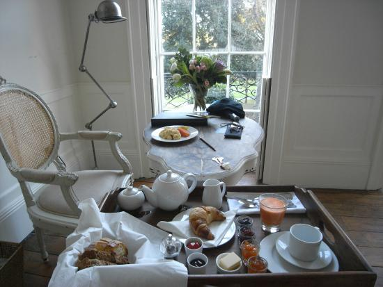 The Reading Rooms: Breakfast tray