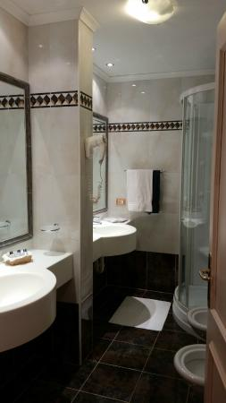 Hotel Stella Montis: bagno