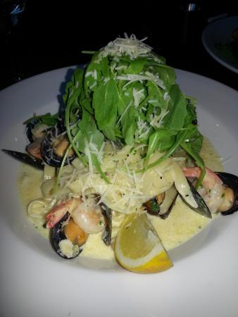 The Victory Inn: Seafod Linguine - Excellent