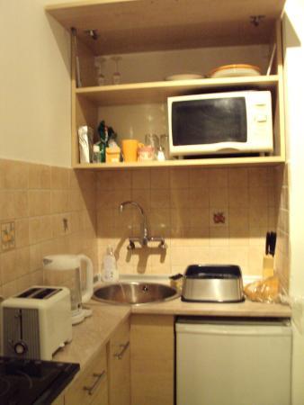 Caterina Hostel: cucina