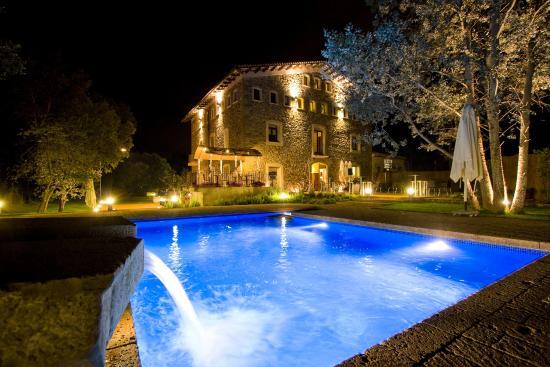 Moli Blanc Hotel