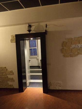 New Generation Hostel Urban Brera: вход в номер