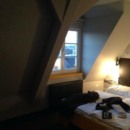 Superbude Hotel Hostel St.Pauli: room/bed