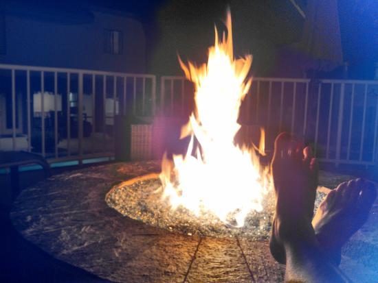 Best Western Plus Novato Oaks Inn: fire pit