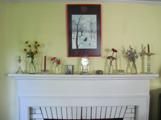 Rowe, MA: Summer mantle with bud vases