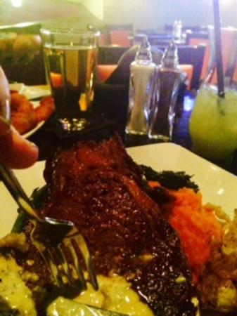 Fire & Ice Restaurant & Bar: Prime rib with my sweetheart Mr Hughes! Pre anniversary dining.