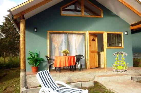 Cabanas Henua Iti