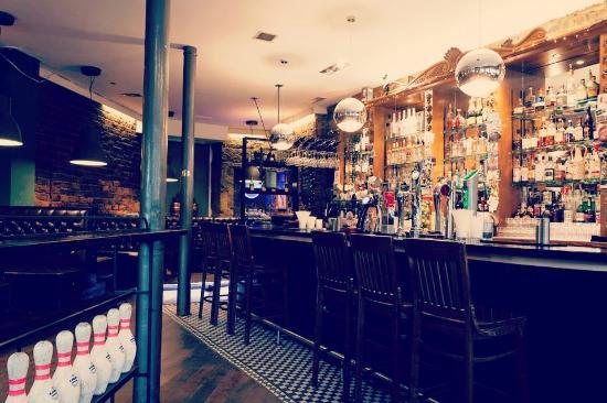 Photo of American Restaurant Lebowskis at 1008 Argyle Street, Glasgow, United Kingdom