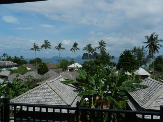 Koh Ngai Thanya Beach Resort: view from the room